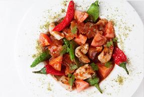 牛スジとミノのトマトキムチ煮込みエクストラオリーブオイルテイスト